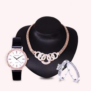 Fascinantes colecciones de relojes, smart watches y joyería.  Todo tipo de relojes, análogos, digitales y inteligentes. Todo tipo de joyería, de oro, plata y fantasia.